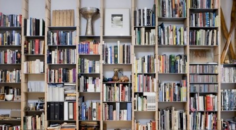 Place Shelf