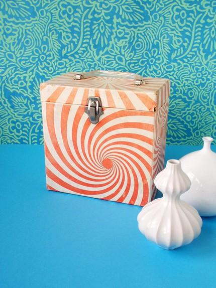Orange 45 record box - vintage