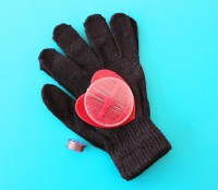 Touchscreen glove kit