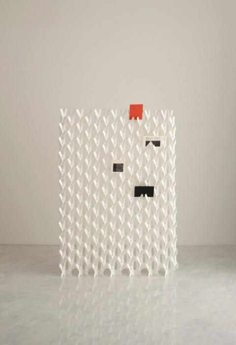 kakine-paper-divider-screen-2-600x876