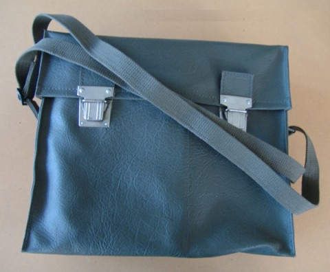 652swissarmycorpsmanleatherbag_5611